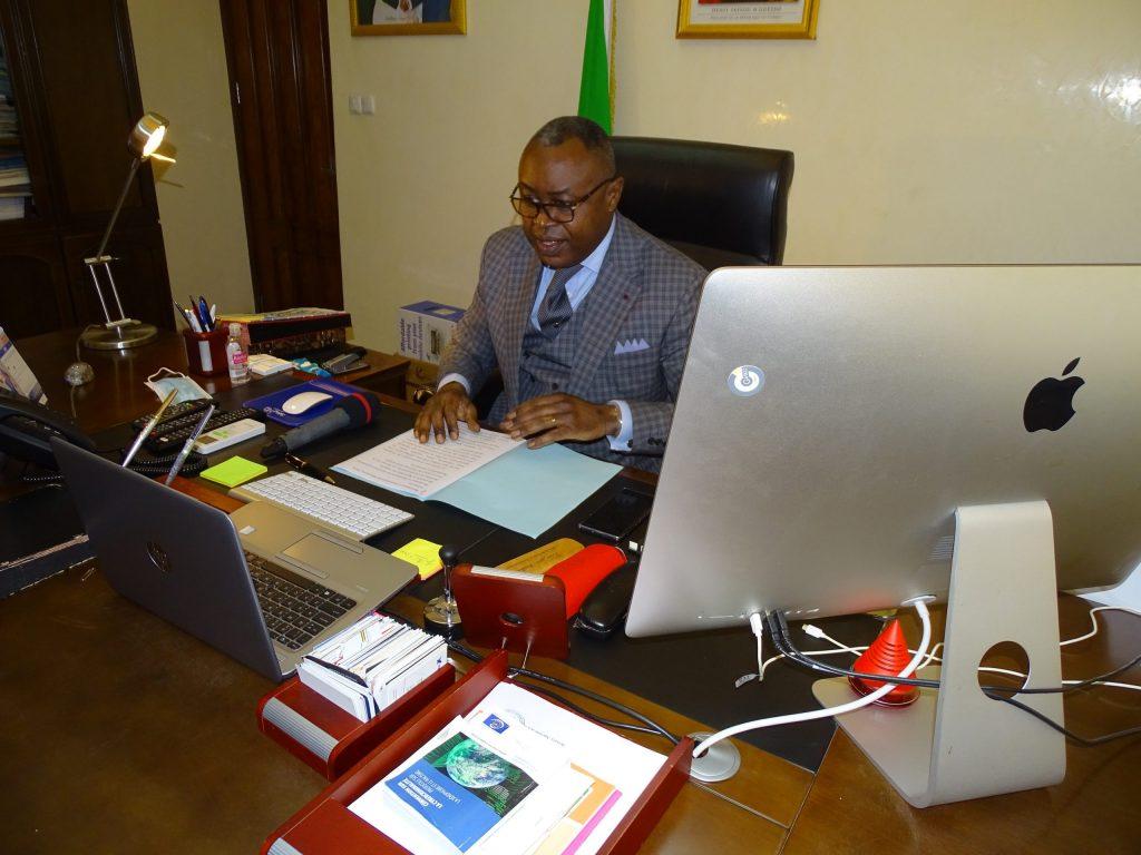 Leon Juste Ibombo Ministre des Postes, des Télécommunications et de l'Economie numérique